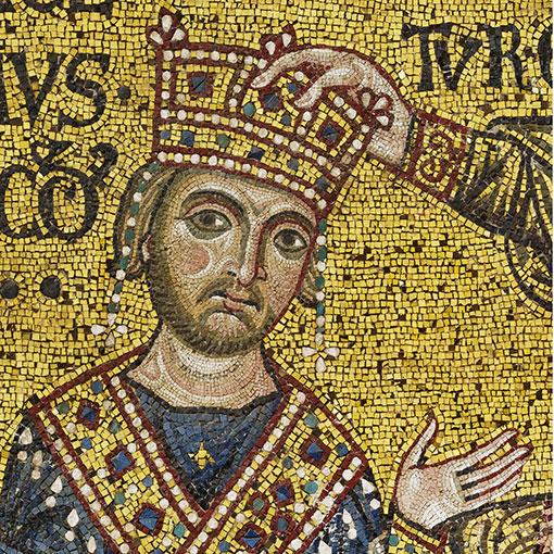 Il trono Reale e il mosaico con l'Imperatore Guglielmo II incoronato da Cristo. Mosaico bizantino del XII secolo.
