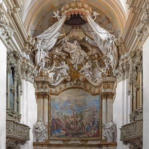 """Chiesa di San Carlo: """"Allegoria della Fede"""", stucchi di Antonio Traeri, e """"S. Carlo implora Maria in favore degli appestati"""", dipinto di M.A. Franceschini."""