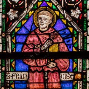 Basilica Inferiore, Cappella di San Nicola: la vetrata destra.
