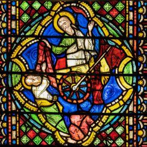 Basilica Superiore, abside: la vetrata centrale.